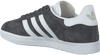 Grijze ADIDAS Sneakers GAZELLE DAMES  - small