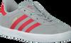 Grijze ADIDAS Sneakers GAZELLE KIDS  - small
