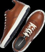 Cognac FLORIS VAN BOMMEL Lage sneakers 16321  - medium