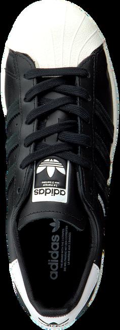 Zwarte ADIDAS Lage sneakers SUPERSTAR bC2VaCmj