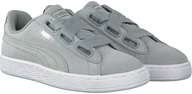 Grijze PUMA Sneakers SUEDE HEART SAFARI DAMES  - large