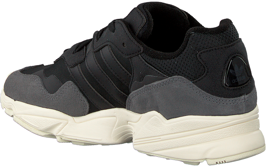 Zwarte ADIDAS Sneakers YUNG-96  - larger
