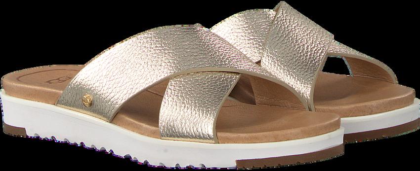 Gouden UGG Slippers KARI METALLIC  - larger