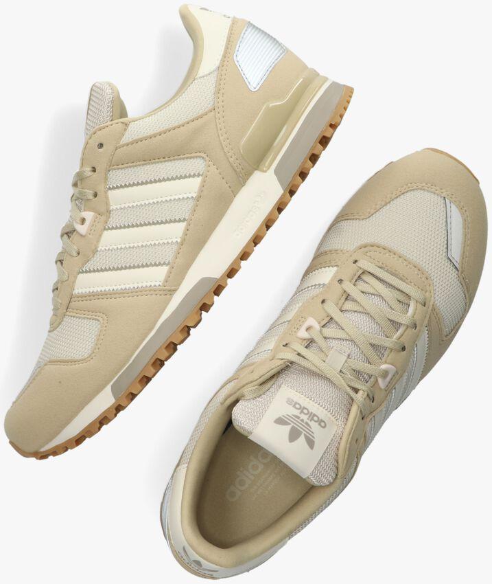 Beige ADIDAS Sneakers ZX 700 HEREN - larger