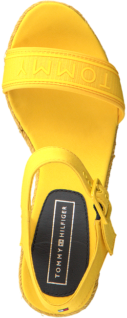 Gele TOMMY HILFIGER Sandalen COLORFUL TOMMY WEDGE SANDAL  - large