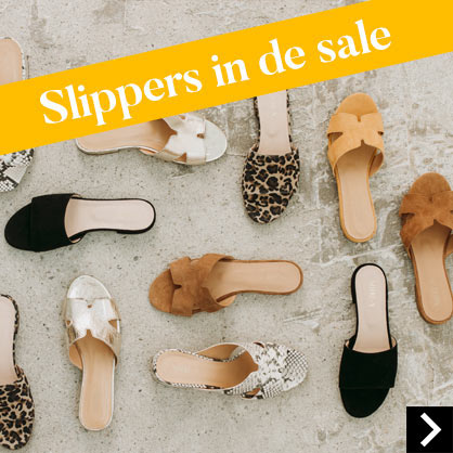Slippers in de sale